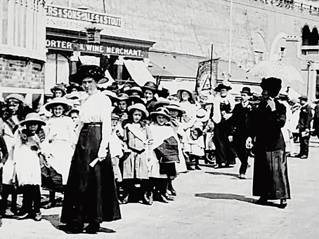 1912: Glorious weather for Cuckfield Band of Hope children's outing to Burgess Hill Pleasure Gardens