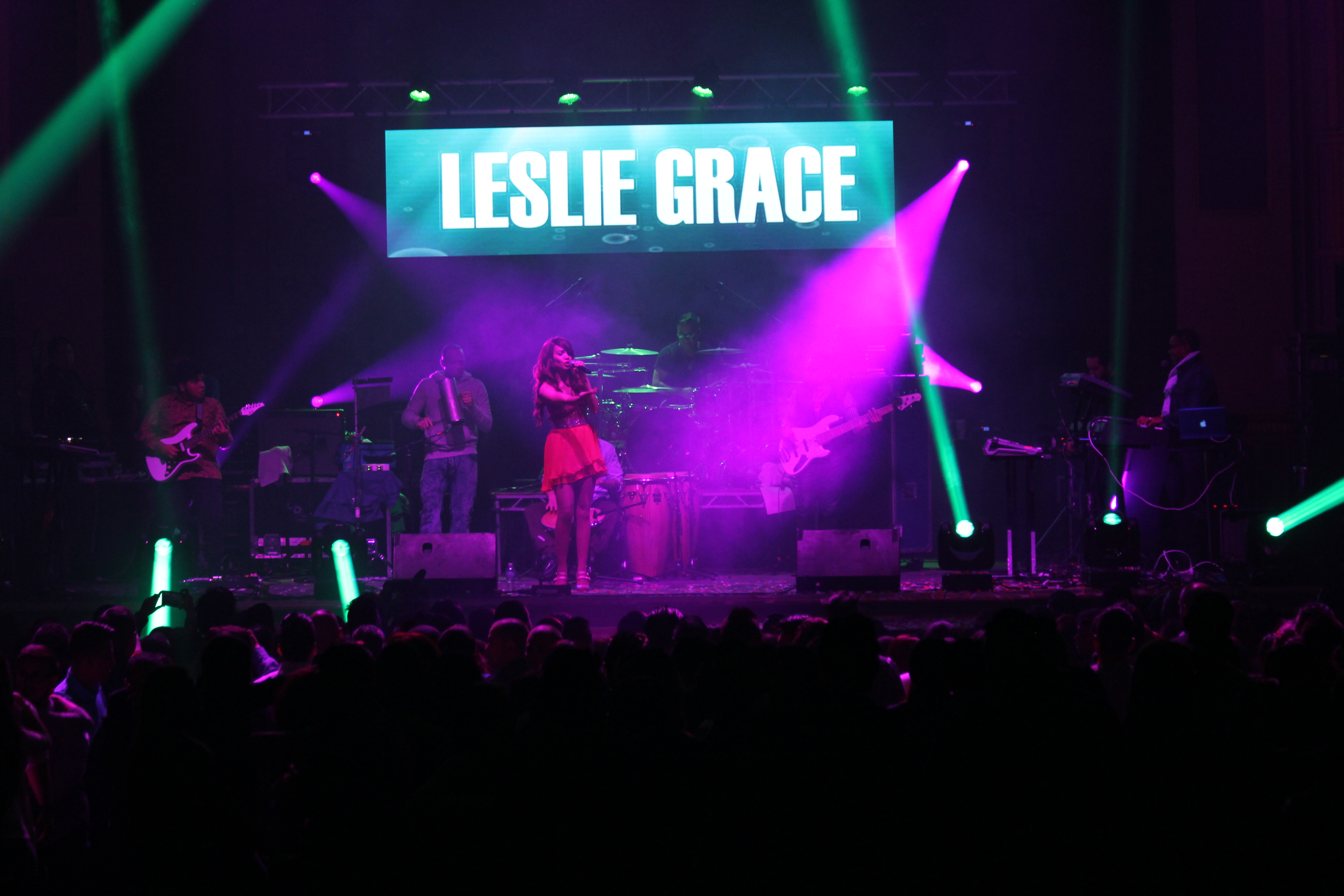 Lesley Grace in Concert