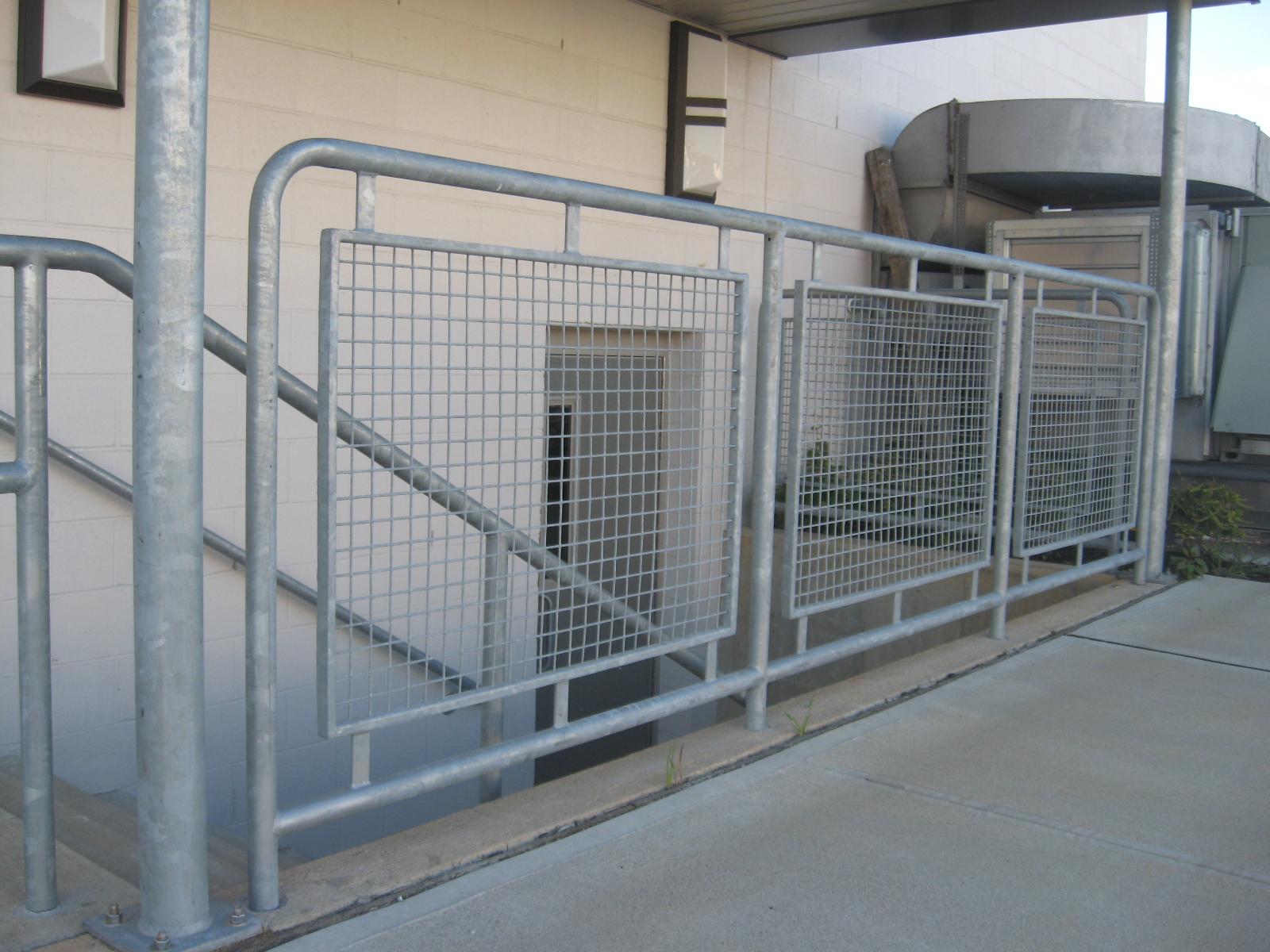 Galvanized Steel Mesh Infill Panels