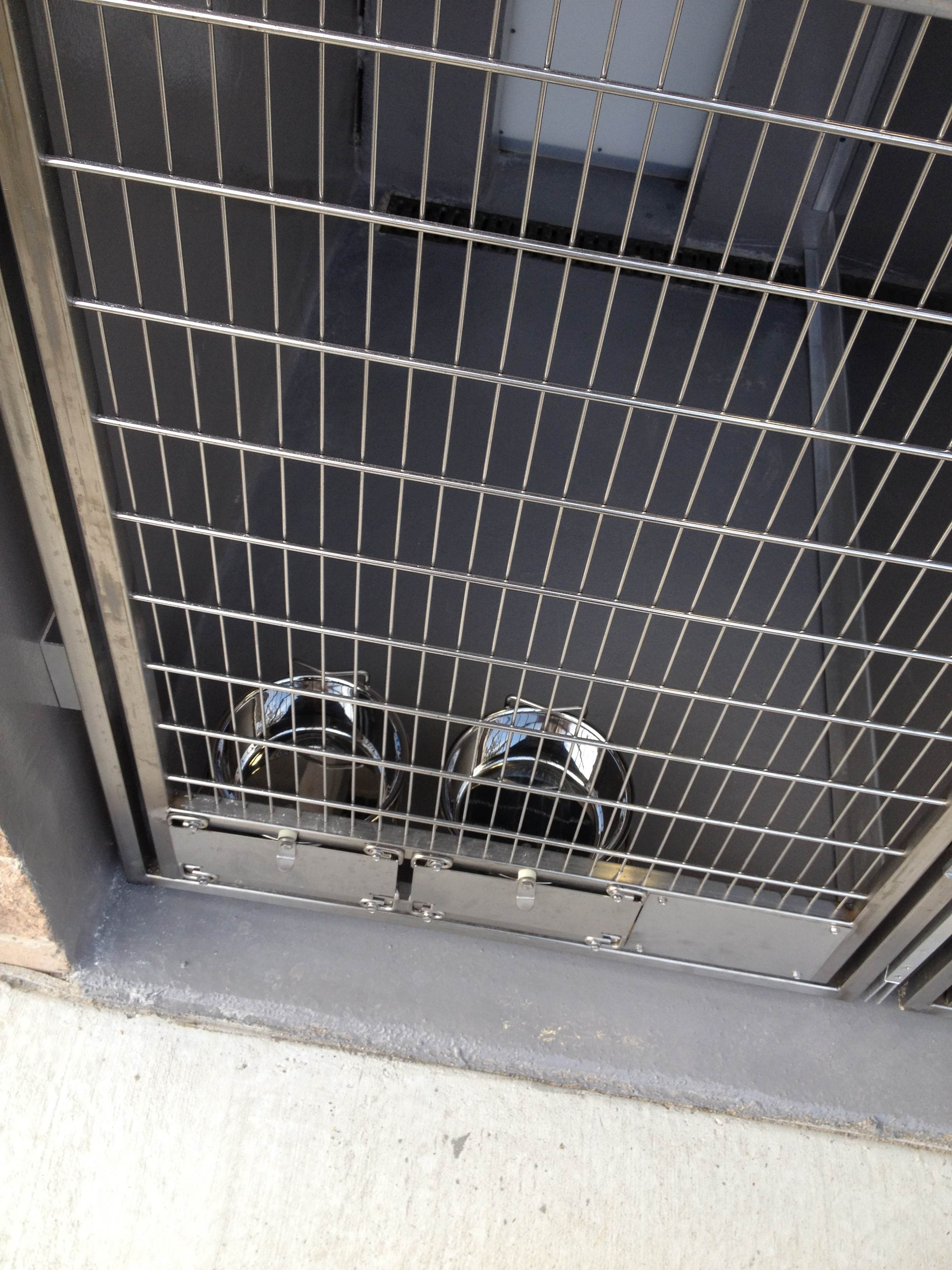 Outdoor Animal Shelter Cage