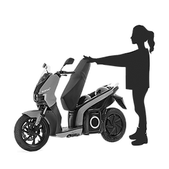To remove the Silence e-moto scooter battery Open the seat using the APP, the key or squeezing both brake levers at the same time