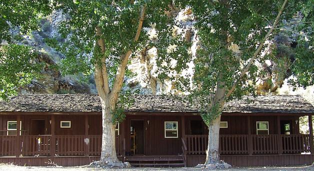 Wildlife Lodge