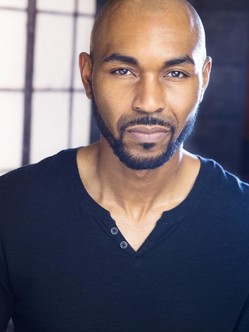 Andre' Lamar Headshot.jpg