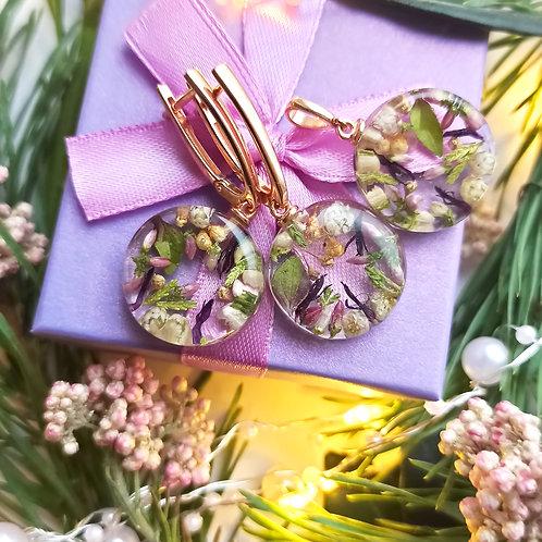 Классические серебряные серьги с цветочной композицией