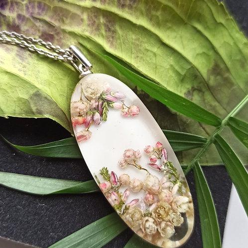 Крупный серебряный кулон с цветочной композицией