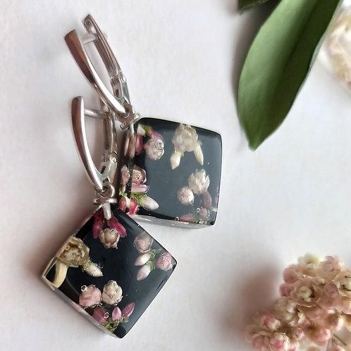 Cеребряные серьги с цветочной композицией