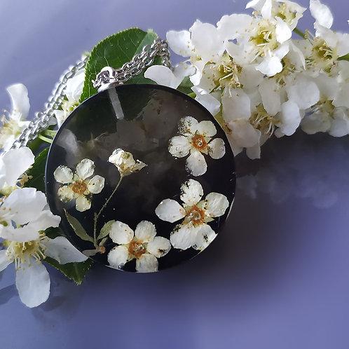 Серебряное колье с цветами черемухи, арт. 16-0009-00