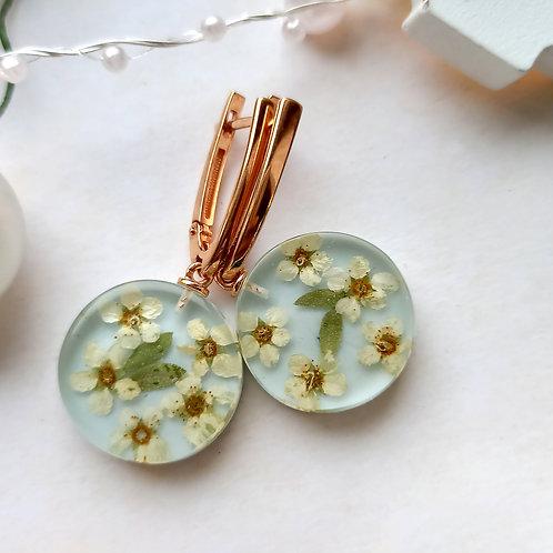 Золоченые серебряные серьги с цветочной композицией