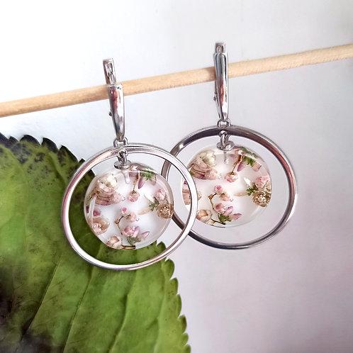 Серебряные серьги с цветочной композицией