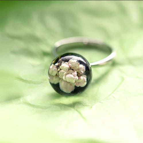 Кольцо с озотамнусом на черном фоне, арт. 11-0400-01
