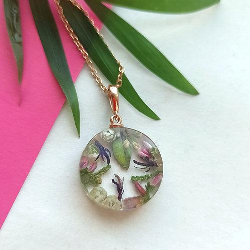 Летний серебряный кулон с цветочной композицией