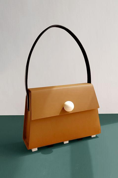 beige satchel.jpg