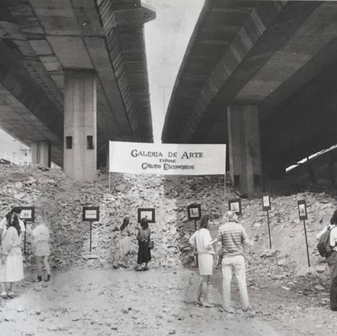 ESTÉTICA DA SOLIDARIEDADE - II - Grupo Escombros