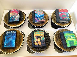 book cupcakes, harry potter cupcakes