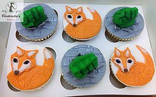 fox cupcakes,hulk cupcakes