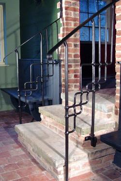 3 Horseshoes handrail