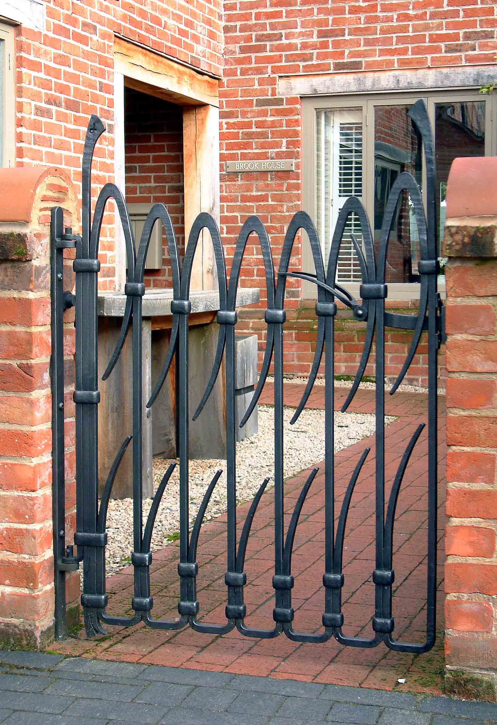 'Breeze' Gate