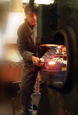 Forging at the power hammer
