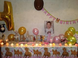 Hailey's birthday party - 23 september Theme: horses