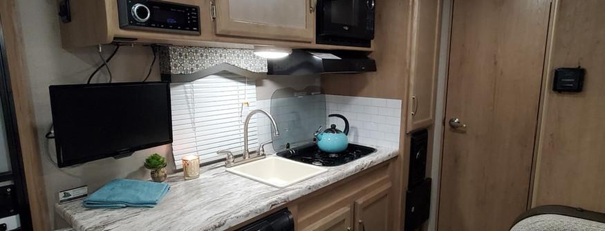 Kitchen - Kodiak RV rental.jpg