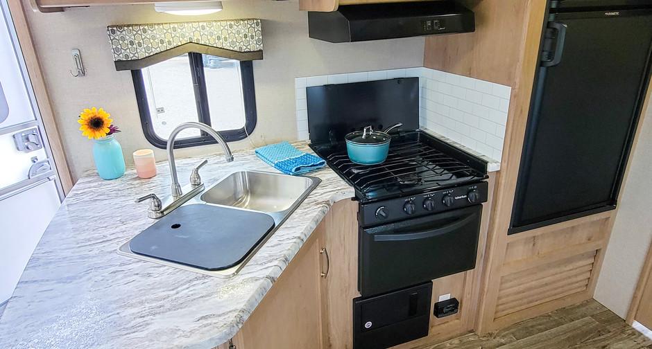 Kitchen with Large Fridge - RV Rental