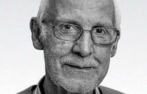 Padre Júlio Lancellotti lança livro sobre o amor divino com o ser humano