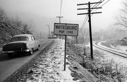 16_AStern_WhitesburgSign.jpg