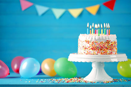 BIRTHDAY CAKE PLAIN CANDLES_1133492240.j