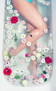 FLOWER TUB_91017956.jpg