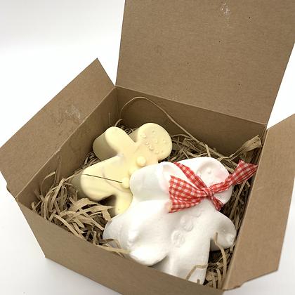 Gingerbread Man Soap & Bath Bomb Gift Box