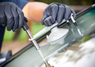 Antioch-Brentwood-Discovery Bay-Byron-Pittsburg-Concord-Martinez-Bay Point-California-Knightson-Livermore-Window-Broken Window-Car Window-Windshield-Chip Repair