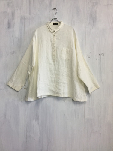 衿付シャツ