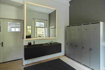 Muladhara Dressingroom 1.jpg
