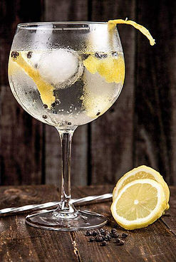 Bar Drinks at The Coppleridge Inn | Draught | Lager | Cider | Ales | Soft Drinks