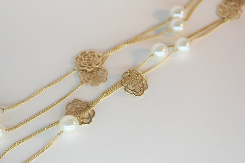 Pearl & Rose Necklace