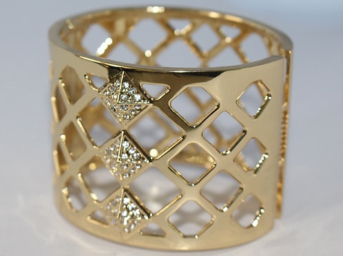 Gold Cut Out Bracelet