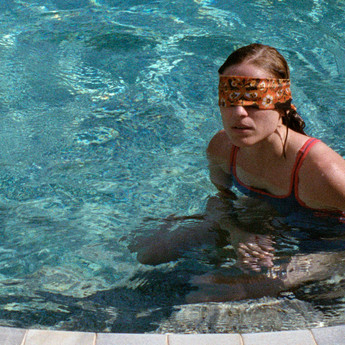 dogtooth (2009) review