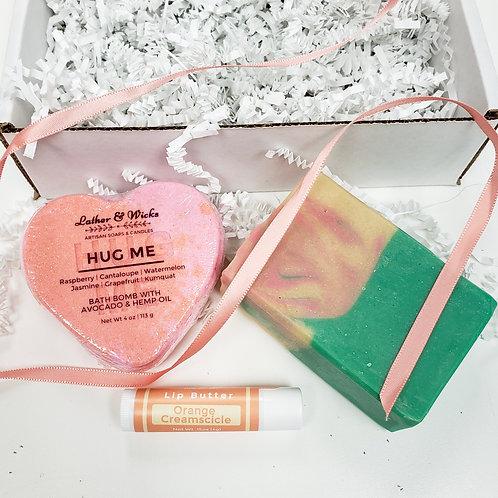 Hug Me Gift Set for Her