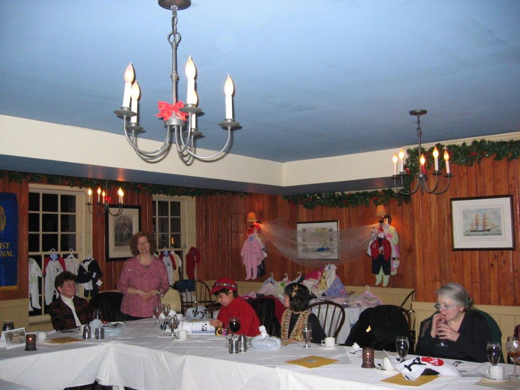 Holiday Party at Fraunces Tavern Dec. 14th, 2005 Sr. Tesa, Barbara Costigan, Ror