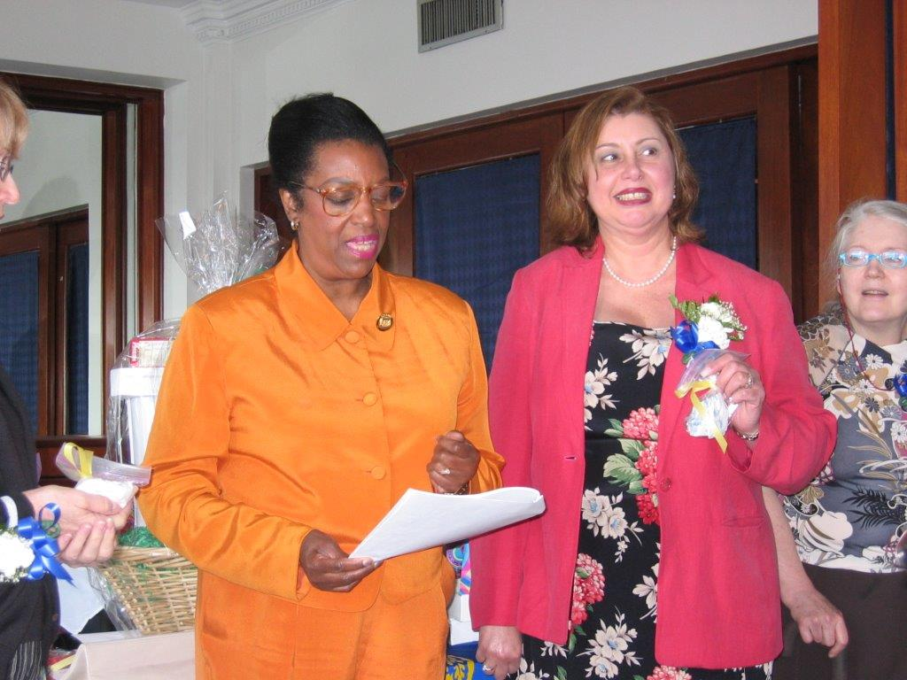 Community Service Awards Luncheon 6-10-06  Lenore Scurry, Linda Dianto, Kathleen
