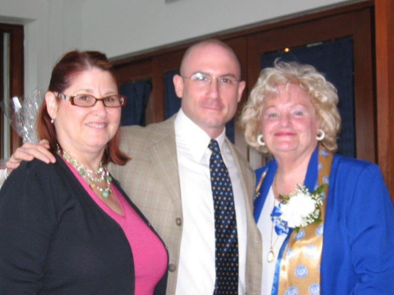 Community Service Awards Luncheon 6-10-06 Bette Levy, Dr. Brenner, Dee Carroll.j