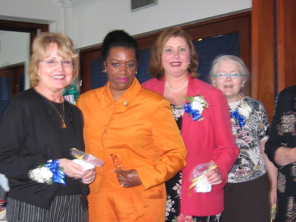 Community Service Awards Luncheon 6-10-06  Dot McNamara, Lenore Scurry, Linda Di