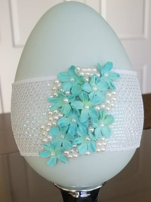 EASTER EGG (#23) Succulent Pearl, Blue Flowers