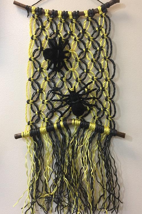 HALLOWEEN WEB Macramé Wall Hanging (73), Macramé Knots with Spiders