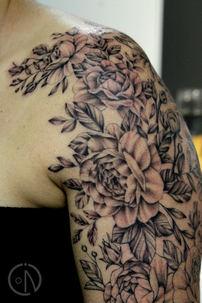 Detail of Tracey`s  sleeve