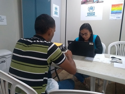 Sistema online de solicitação de refúgio apresenta dificuldades para migrantes