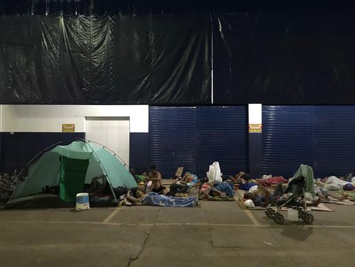 Venezuelanos vivem como nômades em Boa Vista