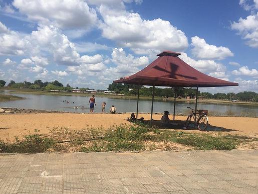 Água de lago do Parque Anauá é imprópria, mas banhistas ignoram perigos