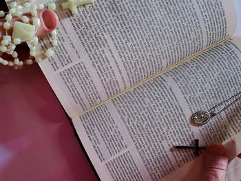 Espiritismo e Igreja Messiânica Mundial: A aplicação do Passe e do Johrei para a cura espiritual