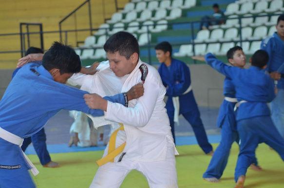 Vila Olímpica Roberto Marinho estimula a prática esportiva em Boa Vista